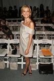 Sarah Michelle Gellar @ Ports 1961 Spring 2008 Fashion Show - September 7, 2007 - 13x HQ