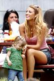 http://img148.imagevenue.com/loc921/th_52248_Blake_Lively_On_the_set_of_The_Town_Boston_310809_006_122_921lo.jpg
